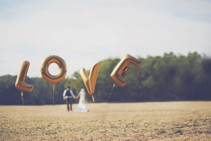 Best wedding props for Brides
